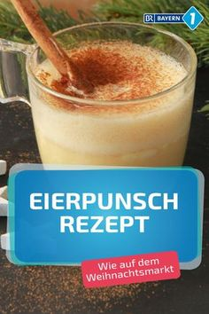 Eierpunsch: Rezept wie vom Weihnachtsmarkt Eggnog recipe to make yourself – this alternative to mulled wine brings us really nice in winter mood and tastes better than at the Christmas market. With rum and wine and of course cream and egg … Christmas Cocktails, Holiday Drinks, Party Drinks, Drinks Alcohol Recipes, Non Alcoholic Drinks, Cocktail Recipes, Drink Recipes, Winter Drinks, Summer Drinks