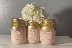 Pink Mason Jars, Glitter Mason Jars, Mason Jar Lamp, Rose Gold Vase, Gold Vases, Wedding Centerpieces Mason Jars, Centerpiece Decorations, Pink And White Flowers, Pink And Gold