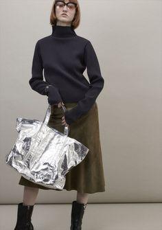 ビューティフルピープルが新作バッグアルミ素材トートバッグを先行販売