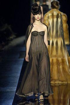 """Jean Paul Gaultier Fall 2006 Couture Fashion Show - """"La Belle de nuit"""""""