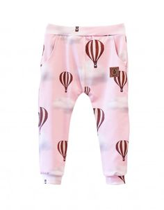 Spodnie w kolorze różowym w motywie balonów.