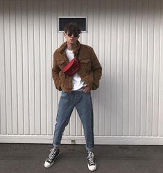 men's street style outfits for cool guys 80s Fashion Men, Look Fashion, Urban Fashion, Fashion Trends, Disco Fashion, Fashion Moda, Petite Fashion, Fashion 2018, Cheap Fashion