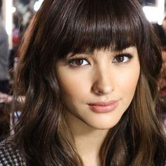 14 Celebrities Who Could Be Your Next Bangs Peg Filipina Actress, Filipina Beauty, Liza Soberano, Celebrity Bangs, Natural Hair Styles, Short Hair Styles, Most Beautiful Faces, Beautiful People, Flawless Face