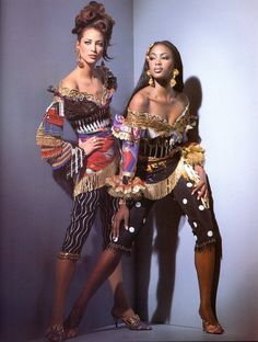 Christy Turlington and Naomi Campbell for Gianni Versace, Spring 1992