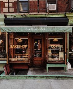 New york city идеи. Cafe New York, New York Bar, Coffee Shop New York, Coffee Shops, Farmers Market, Coffee Shop Aesthetic, Cafe Exterior, Shop Facade, Places