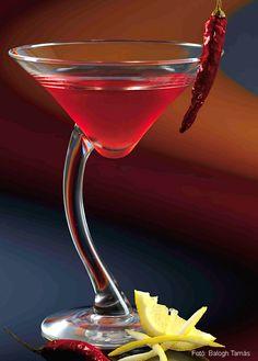 Bor, Martini, Drinks, Tableware, Glass, Drinking, Beverages, Dinnerware, Drinkware