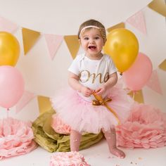 45 Ideas Diy Baby Girl Outfit First Birthdays Baby Girl First Birthday, Birthday Tutu, Husband Birthday, Diy Gifts For Dad, Diy Gifts For Boyfriend, Tutu Outfits, Girl Outfits, Trash To Couture, Gold Tutu