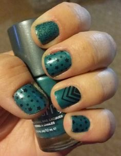 Celeb Status over Amazon Lacquer! I love Jamberry Nails! Visit heidimyoung.jamberrynails.net for your own look!