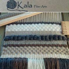 New proyect coming soon.. #etsy #etsyshop #handmade #woven #wallhanging #loom #tapestry #weaving #telar #telardecorativo decorativo #fiberarts #kalafiberarts #naturalwool