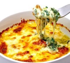 Baked Spinach and Cheese Casserole (Naturally Gluten Free) Healthy Cooking, Healthy Eating, Cooking Recipes, Gluten Free Recipes, Vegetarian Recipes, Healthy Recipes, Healthy Facts, Easy Recipes, Spinach And Cheese