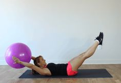 6 Stability Ball Exercises to Tone Your Abs These exercises will strengthen and tone your abdominals for a serious ab burner. Easy Ab Workout, Great Ab Workouts, Effective Ab Workouts, Six Pack Abs Workout, Abs Workout For Women, At Home Workouts, Ball Workouts, Workout Videos, Stability Ball Exercises