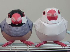 free printable and instructions to fold these gorgeous birds