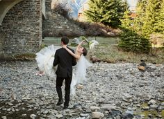 Get all pictures in documentary style with good photographers. Before hiring a good #wedding_photographers_in_Calgary must read their review.