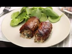 Beef Schnitzel, Schnitzel Recipes, Cheesy Recipes, Beef Recipes, Cooking Recipes, Creamed Spinach, Spinach And Cheese, Steaks, Wrap Recipes