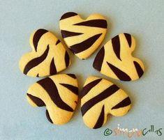 Fursecuri Zebra reteta de post 2 Zebra Cookies, Tiger Cookies, Drop Cookies, Cupcake Cookies, Matcha Cookies, Mochi Cake, Princess Cookies, Bread Shaping, Gourmet Cookies