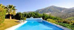 Hotel rural Cortijo de Salia  Pago Castillo de Salia, 14 (Km 53,5 de la A-402)  29711 Alcaucín (Málaga). SPAIN      http://www.cortijodesalia.com      info@cortijodesalia.com    36º 54' 04 '' Norte y 4º 08' 22'' Oeste