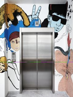 elevator at the jwt amsterdam office by by alrik koudenburg and rjw elsinga embraces artful creativity the advertising firm is located in busy leidseplein advertising agency office szukaj google