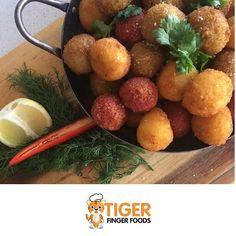 Trio of arancini - saffron & Parmesan, beetroot & dukkah sea salt, pesto &a mozzarella 🐯 Arancini, Beetroot, Sea Salt, Finger Foods, Mozzarella, Parmesan, Pesto, Great Recipes, Drinks