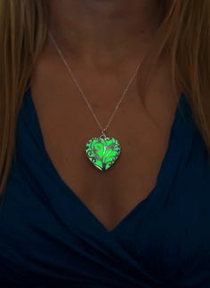 Hey, I found this really awesome Etsy listing at https://www.etsy.com/listing/217847404/green-glowing-heart-glowing-necklace