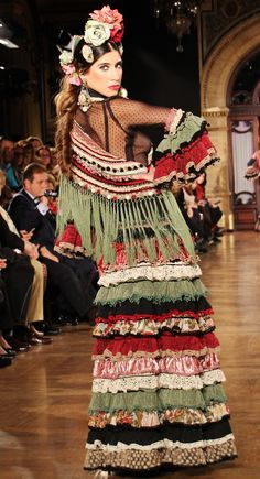 Belly Dancing Classes In Ct 5339505130 Mexican Costume, Folk Costume, Costumes, Flamenco Costume, Flamenco Dancers, Botanical Fashion, Belly Dancing Classes, Spanish Fashion, Boho Fashion