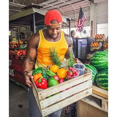 Grocery shopping for produce is complete - nearly 30lbs of fresh produce! 🙌 Check my Snapchat (@fitmencook) for details as I revisited @sweetharvestrubiosproduce farmers market in downtown Dallas. They've made many improvements so it's great to see a local business thriving! 👉When we invest our money in our local community, those businesses can invest in us! If you're in Dallas, stop by and tell them Kevin (FiitMenCook) sent you! But wherever you are, support your local small businesses…