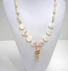 Jewelry Making Shells Del's Shells: Seashell Jewelry Seashell Jewelry, Seashell Necklace, Shell Necklaces, Beach Jewelry, Sea Glass Jewelry, Diy Necklace, Feet Jewelry, Jewelry Accessories, Shell Schmuck