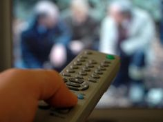 Freeview to carry free-to-air HD channels | Ofcom has confirmed that a limited number of HD TV channels will be able to operate on the Freeview platform from 2009, as part of the digital switchover Buying advice from the leading technology site