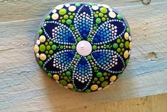 #paintedstones #paintedrocks #art #painting #rockart #blue #flowers #P4MirandaPitrone #original_design  #handpainted #handmade #photography #photog #beachstones #Etsy #oceanblue #chevrons