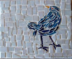Bird in Mended Pieces Mosaics Mosaic Rocks, Wood Mosaic, Mosaic Diy, Mosaic Ideas, Mosaic Crafts, Mosaic Projects, Mosaic Designs, Mosaic Patterns, Mosaic Glass