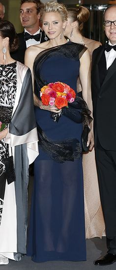 Another wow look by Princess Charlene of Monaco!
