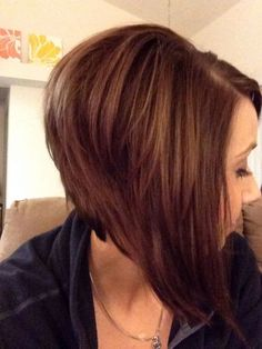 wanna give your hair a new look? Inverted bob hairstyles is a good choice for you. Here you will find some super sexy Inverted bob hairstyles, Find the best one for you, Angled Haircut, Angled Bob Hairstyles, Inverted Bob Hairstyles, Haircuts For Fine Hair, Hairstyles Haircuts, Black Hairstyles, Haircut Bob, Stylish Hairstyles, Wedge Hairstyles