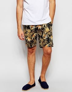 "Shorts by Scotch & Soda Soft-touch, woven cotton Zip fly Side pockets Slim fit - cut closely to the body Machine wash 100% Cotton Our model wears a 32""/81 cm regular and is 185.5cm/6'1"" tall"