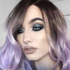 IG beauty blogger @sn0ok is a total babe with this gorgeous glitter eye look and our Creme Shop lashes.