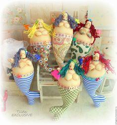 Arts And Crafts Light Fixture Key: 2847593862 Fat Mermaid, Mermaid Dolls, Mermaid Art, Diy And Crafts, Crafts For Kids, Fabric Fish, Mermaid Crafts, Creepy Dolls, Sewing Toys