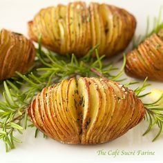 A yummy side for just about any type of dinner, everyone LOVES these! Hasselback Potatoes w/ Garlic, Lemon & Rosemary