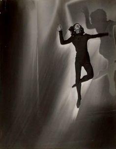 Maurice Tabard, Danseuse (solarisation), 1948