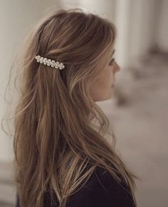 hair beauty - News 04 26 19 Today's Articles of Interest from Around the Internets This Is Glamorous Clip Hairstyles, Fancy Hairstyles, Halloween Hairstyles, Baddie Hairstyles, Hairstyle Ideas, Easy Hairstyle, Vintage Hairstyles, Weave Hairstyles, Straight Hairstyles