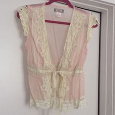 Beautiful Anthropologie Vest Top Baby pink vest with embroidered cream sleeves and more. This piece is just stunning, size M Anthropologie Tops
