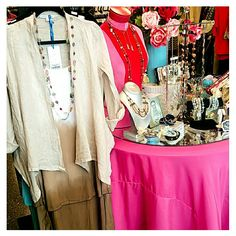 Giggle Gals Boutique in Savage, MN