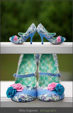 Fantasía y buen gusto para unos #zapatos de novia que se convertirán en el punto de atracción de todas las miradas!! ideal para combinar con #vestidos de #novia @innovias en #alquiler cortos!!!