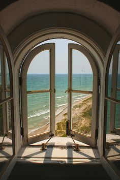 South Manitou Island lighthouse....  I want this view!         via: jellysundae