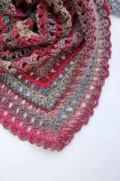 Crochet scarves 562527809705382731 - Candy Kisses Triangle Scarf Free Crochet Pattern Red Heart Unforgettable Source by sophiebrode Crochet Prayer Shawls, Crochet Shawls And Wraps, Crochet Scarves, Prayer Shawl Crochet Pattern, Lace Shawls, Crochet Beanie, Crochet Hats, Knit Cowl, Crochet Stitches
