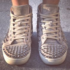 Christian Louboutin Taupe Louis  #christianlouboutin #louboutin #louboutins #louboutinista #mylouboutin #redsole #redsoles #redbottoms #redbottom #shoes #designershoes #spike #amazing #streetstyle #paris #man #men #louboutin_sneakers #style #fashion #swag #studded #sneaker #sneakers #spikes
