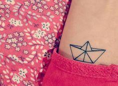 Petit bateau tatouage