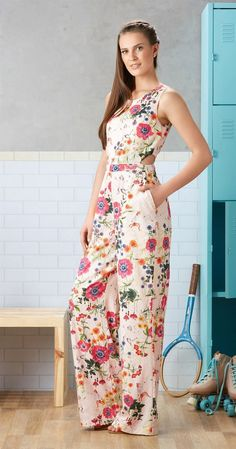 Jumpsuit Outfit, Flower Dresses, African Fashion, Casual Looks, Beautiful Dresses, Evening Dresses, Ideias Fashion, Fashion Dresses, Fashion Looks