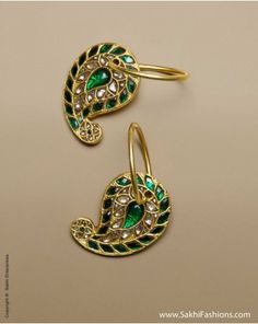 22carat pure gold #earring bali Pure #Gold earring in Bali or hoop design in 22carat in a modern and elegant design featuring Paisley design featuring enamel and uncut #diamond.