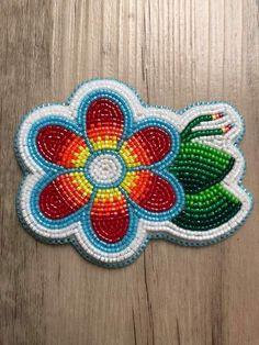 Seed Bead Jewelry, Seed Beads, Beaded Jewelry, Beading Ideas, Beading Patterns, Powwow Beadwork, Native Design, Nativity Crafts, Barrette