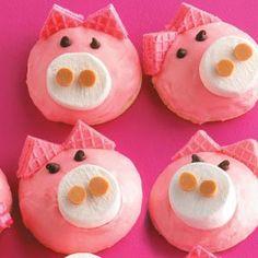 fun and cute cookies   . CUTE CAT CAKE, KID'S SANTA CUPCAKES, PIG FACE COOKIES.   Cute ...