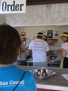 line for canolli