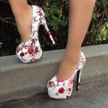 zapatos sin punta floreados